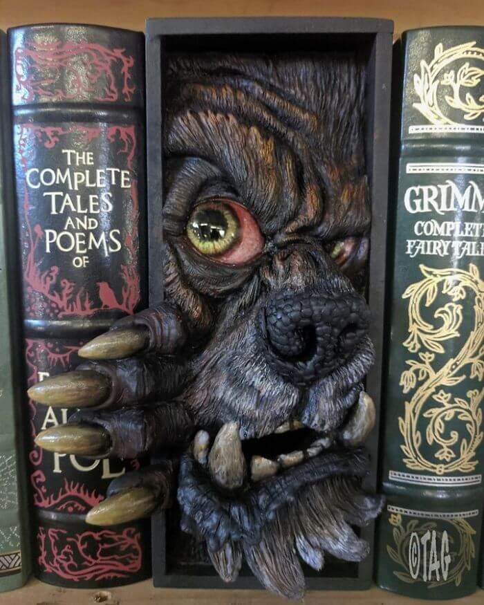 #12 An American Werewolf In My Bookshelf