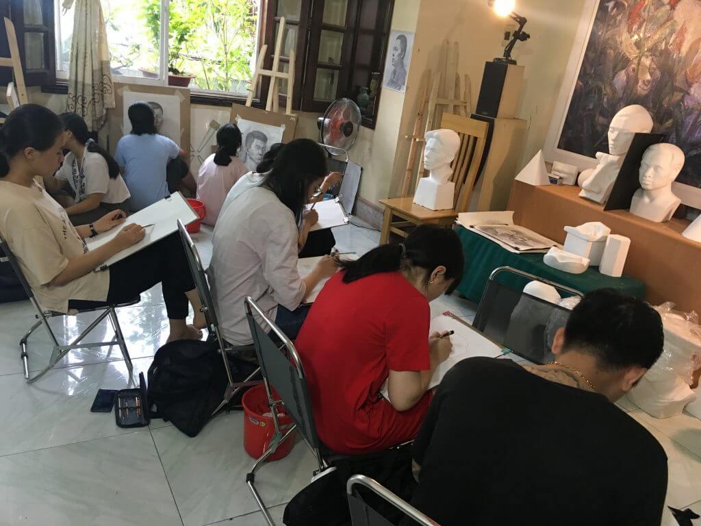 Học vẽ thi khối V- V1 tại PICS Studio.