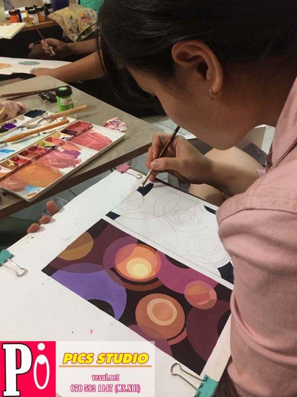 học viên thúy vân trang trí màu thiên nữ băng nhi (2)